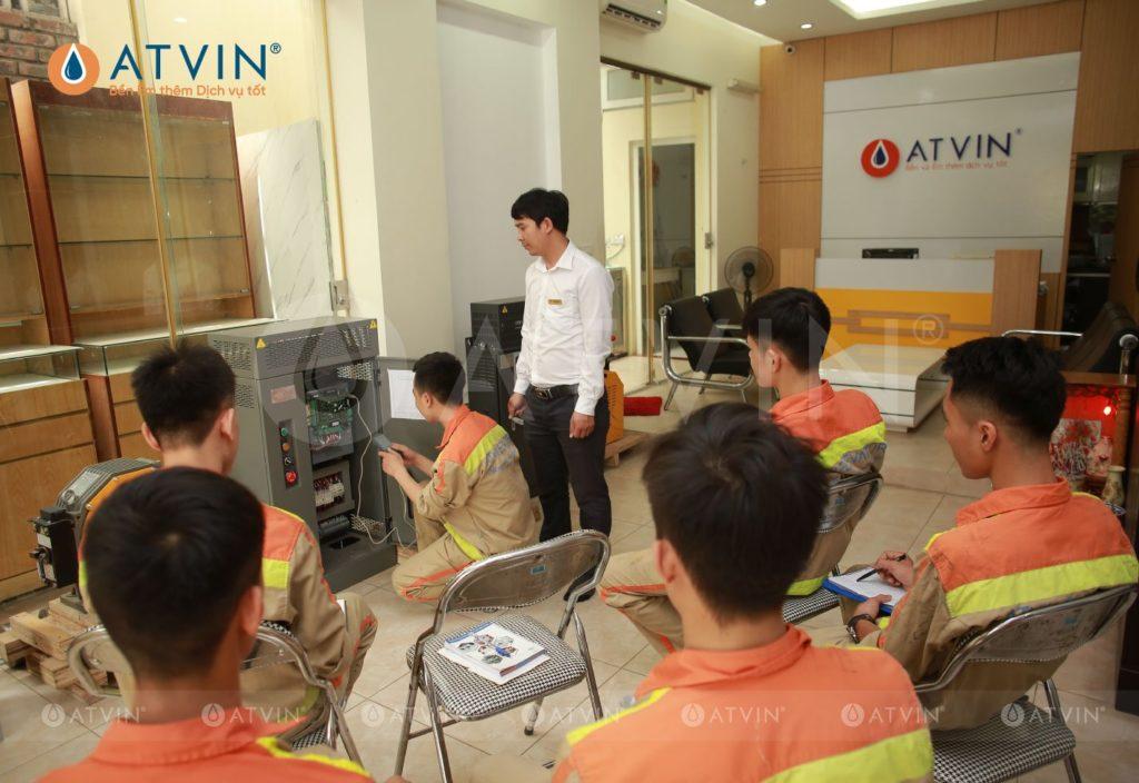 Đào tạo thực tế, không ngừng nâng cao tay nghề cho đội ngũ kĩ sư lắp đặt thang máy