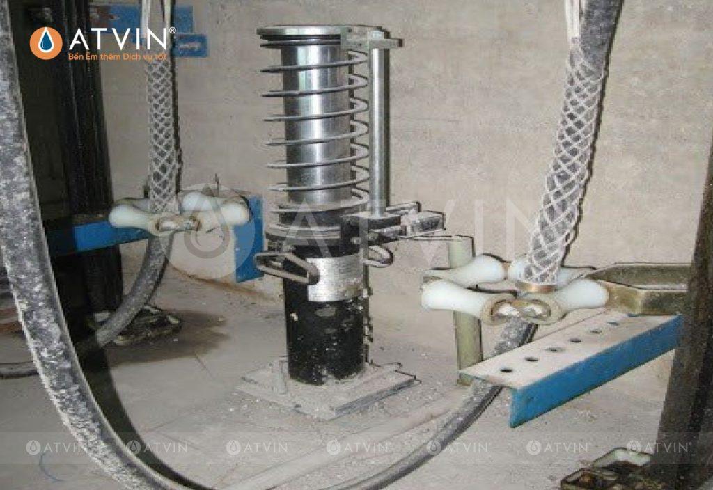 Xích bù tải được áp dụng cho những công trình có chiều cao theo quy định